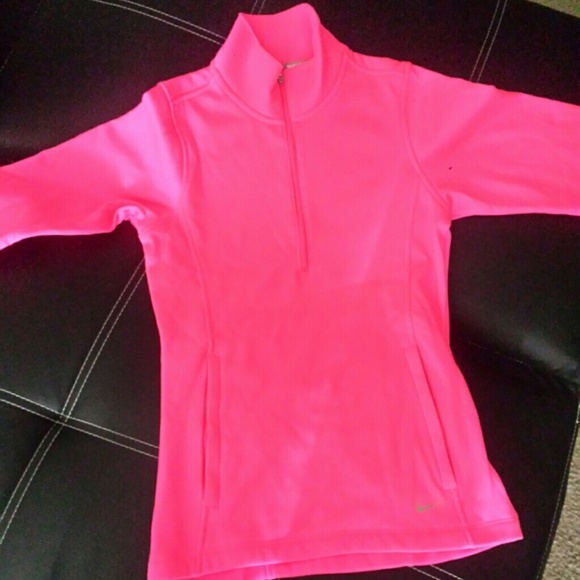 51 off nike jackets blazers nike women 39 s thermal 1 2 zip pullover xs hot pink from. Black Bedroom Furniture Sets. Home Design Ideas