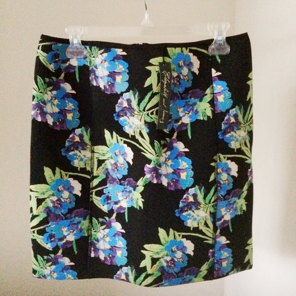 Elizabeth and James Skirts - Elizabeth and James Floral Printed Scuba Skirt