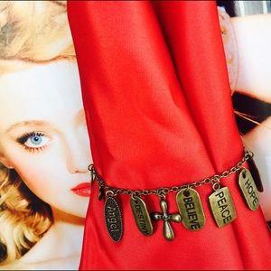 Jewelry - ❤Charm bracelet