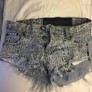 One Teaspoon Croc Bonitas Denim Shorts One Teaspoon croc bonita