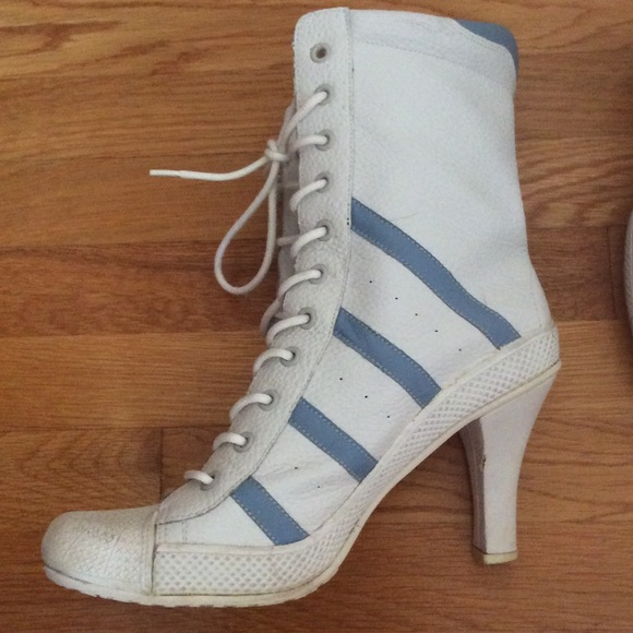 49% off Steve Madden Shoes - Cute!!! White and blue tennis shoe ...