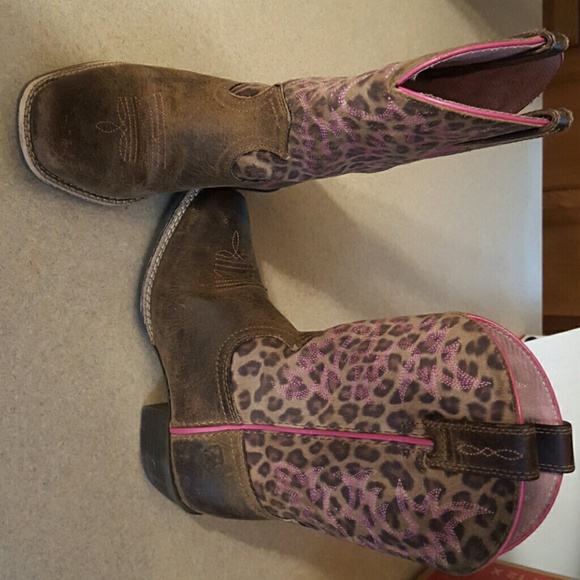 0170da38732 Little girls ariat boots