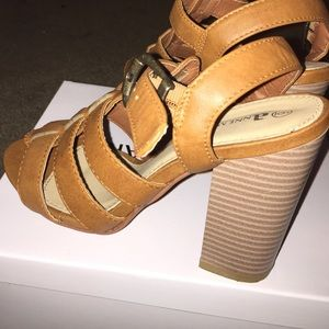 Anne marie Shoes - Brown heel sandals