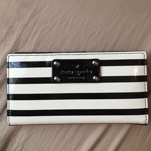 Patent Black and Cream Stripe Kate Spade Stacy