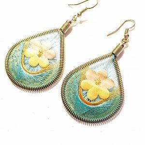 Jewelry - Woven earrings