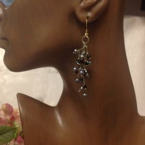  Black Crystals & Pearly Earrings
