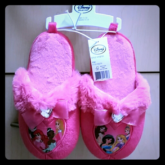 Disney Collection Shoes - Girls Pink Disney Collection Slippers