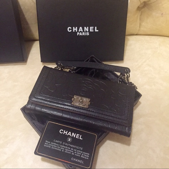 Chanel Camelia iPhone 6 plus case wallet on chain OS from ...