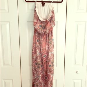 Mossimo Supply Co Dresses & Skirts - Target Paisley Maxi Dress