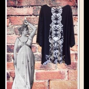 Style & Co Black/White Tunic Dress w/Lace Sleeves.