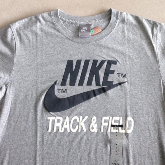 Nike Sportswear Track   Field Men s T-Shirt Size L 5bca4d779