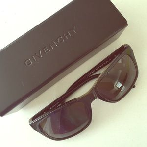 Givenchy Sunglasses Style#SGV774