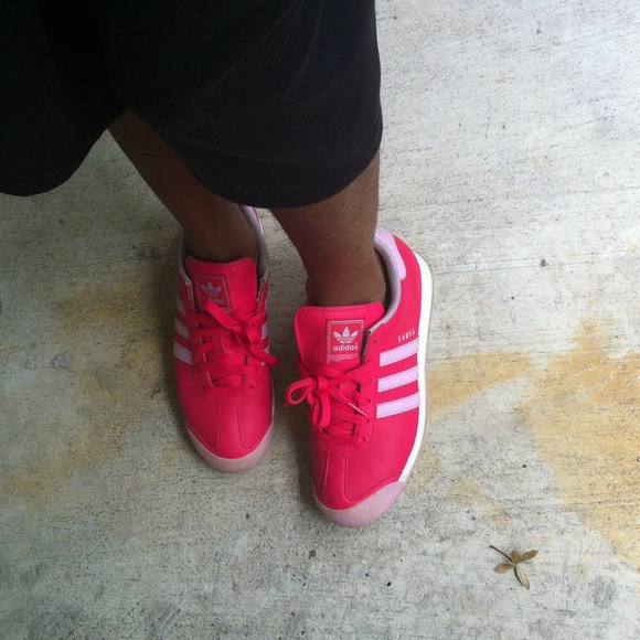 best service 57f89 bc913 Adidas Shoes - Hot pink Adidas samoas size 6 womens