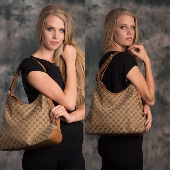 fde6dc48168c4 Gucci Handbags - Gucci Miss GG Original GG Canvas Hobo Bag