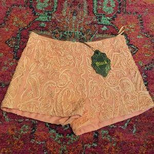 LuLus pink shorts