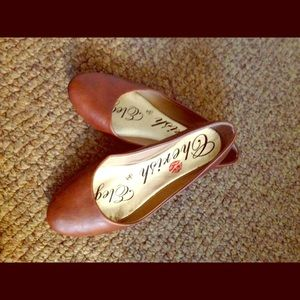 Shoes - Brown flats