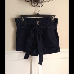 Tinseltown Other - Lightweight denim hi-waist shorts