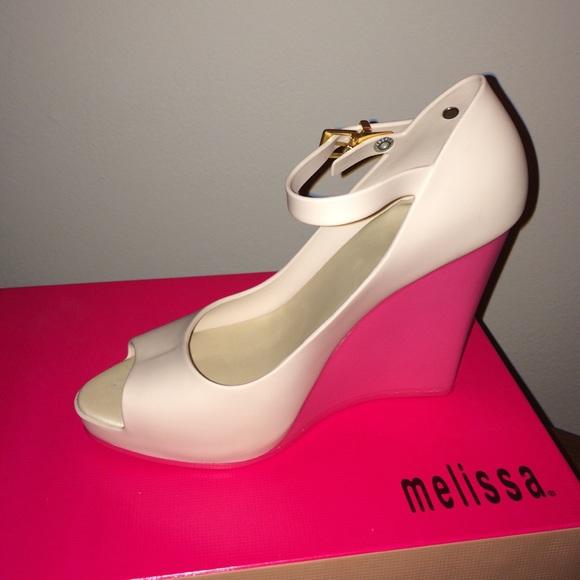 898ed84b0457 Size 7 (USA)  Melissa Prism II - Beige Pink