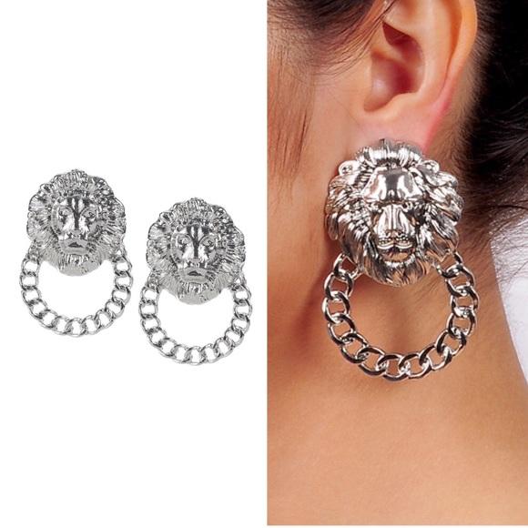 Etonnant Silver Lion Head Door Knocker Post Earrings