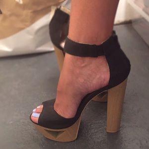 Cut Out Platform Sandals - 8 1/2