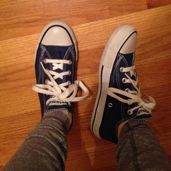 Airwalk Shoes - EUC Navy Airwalk Women s Size 6.5 fb9d54faf