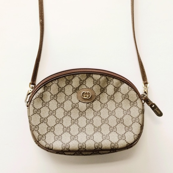 Vintage Gucci Crossbody Bag 65