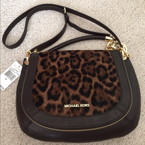 753b0103a7dd Michael Kors Bags | Rare Authentic Leopard Cross Body | Poshmark