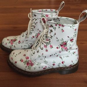 Dr martens shoes womens 1460 rose doc martens poshmark dr martens shoes womens 1460 rose doc martens mightylinksfo