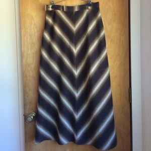 Dresses & Skirts - Awesome vintage wool/polyester maxi skirt.