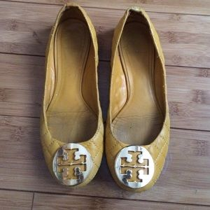 Size 7, Yellow Quilted Tory Burch flats