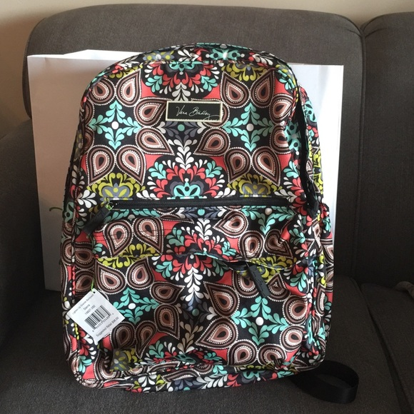 fe1fddc3fd32 NWT Vera Bradley lighten up grande backpack