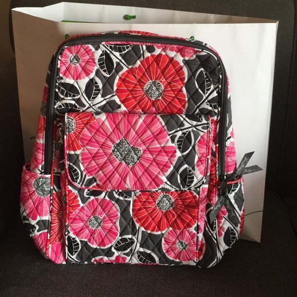 abc724a089 NWT Vera Bradley ultimate backpack 📚