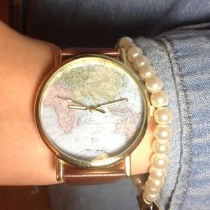 Accessories - ️NWT Brown Around The World Watch