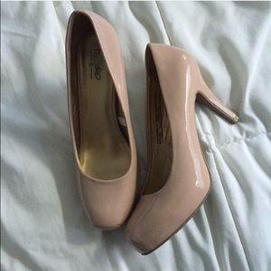 Shoes - Nude heels