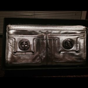 Marc Jacobs silver wallet