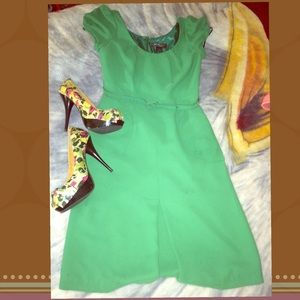 Dresses & Skirts - 🚫Sold🚫❌Beautiful Lime Green Dress.