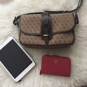Dooney & Bourke cross-body bag