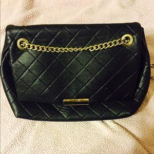 Forever 21 Black quilted bag