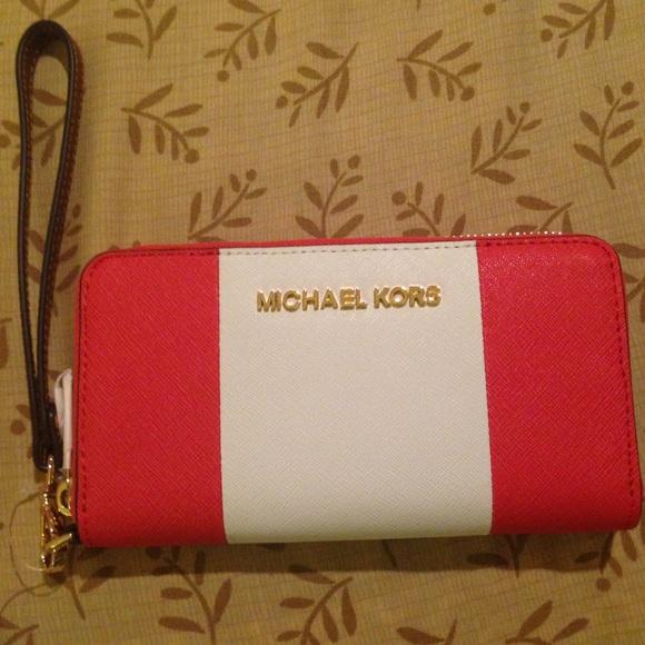 aa0d180745a2 Michael Kors Bags | Jet Set Center Stripe Large Wallet | Poshmark