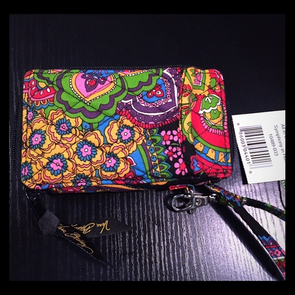 Vera Bradley RFID Grab & Go Wristlets $ (regularly $48) Head to checkout for automatic 30% off discount This was my first time shopping Vera Bradley so was able to get a few cute items on the cheap thanks to you guys! Reply 1. Amber (Hip2Save Sidekick) October 15, at am MST. Oh yes! Great to save for another deal!