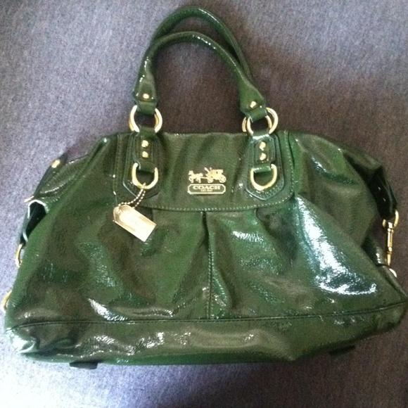 556d6553cc Coach Handbags - Green Patent Leather Coach Purse 🌺SALE TODAY🌺