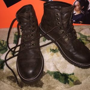 Genuine leather thick sole combat boots!!