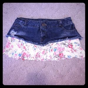 Mini skirt jean w/ lacy floral pastel bottom
