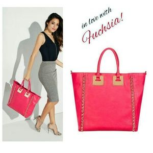 REDUCED! Gorgeous Fuchsia Tote