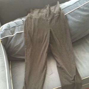 Maternity medium old navy legging