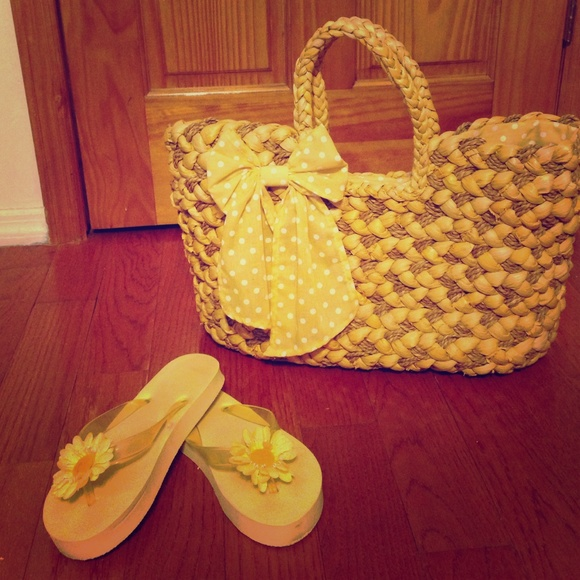 89% off ALDO Accessories - Yellow straw Aldo beach bag with flower ...