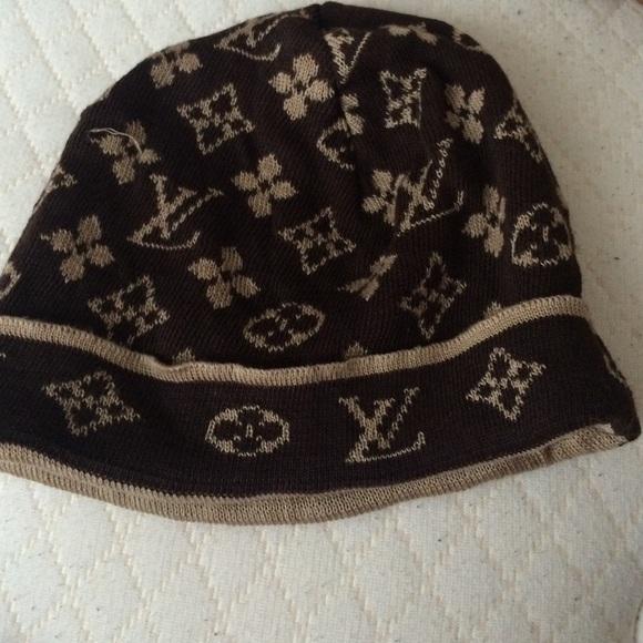 5631bc34747 Louis Vuitton Accessories - LV winter hat