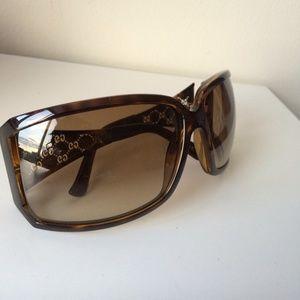 Gucci Accessories - Gucci 2999/S Gold Wire Frame Cutout GG Sunglasses