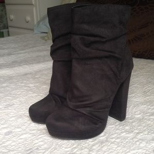 Michael Antonio size 7 black booties