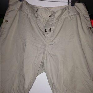 Old Navy Khaki Shorts 16